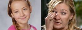 Ebba, 11, dog i terrorattacken –  nu berättar mamman om sorgen