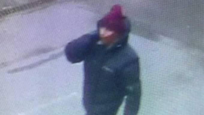 Polisen släppte under sökandet bilder på en misstänkt man för att få hjälp av allmänheten. Foto: Polisen Köpenhamn
