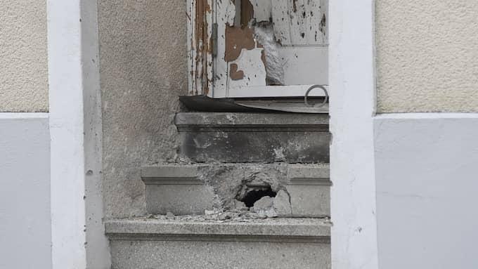 Dörren trycktes in efter smällen. Foto: Anders Grönlund