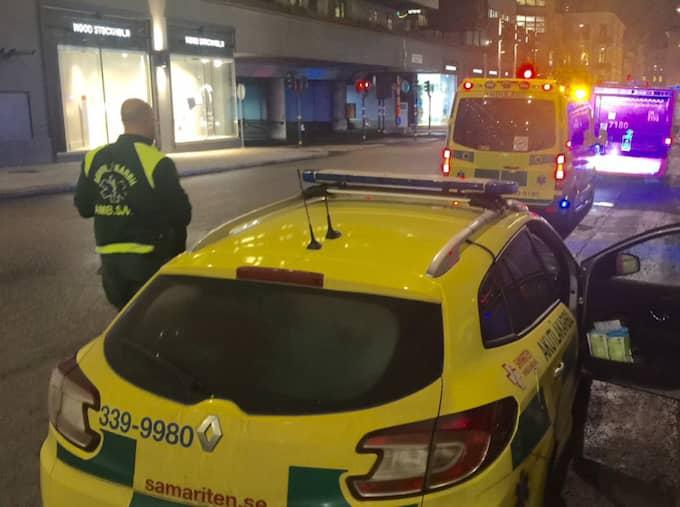 Polis och räddningstjänst har ryckt ut på en explosion i närheten av Norrlandsgatan i centrala Stockholm. Foto: Janne Åkesson/Swepix