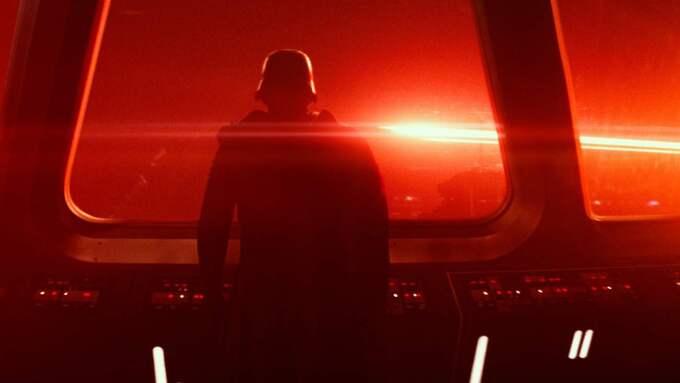 Expressen filmrecensent ger The force awakens fyra getingar i betyg. Foto: Film Frame