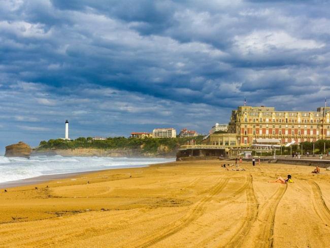Klassiska badorten Biarritz ligger med vidunderligt läge utmed kusten i Frankrikes sydvästra ände.