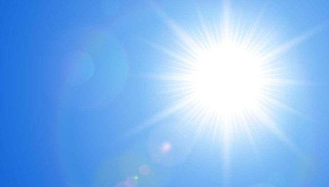15 procent av alla svenskar drabbas av soleksem när solen tittar fram.