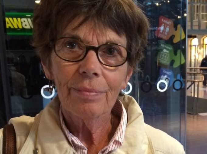 VAD TYCKER DU OM VÄSTLÄNKEN? Christina Fält, 69, pensionär, Träslövsläge: - Jag tycker att miljön är väldigt viktig, det är efter den vi får rätta oss. Det är grunden för allt omkring oss. Men sen om Västlänken inte hjälper miljön vet jag inte om det är någon mening med det. Samtidigt vet jag inte hur man löser det på annat sätt.
