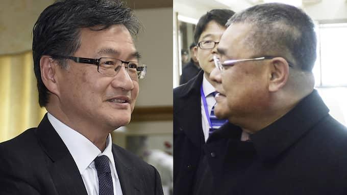 Den amerikanske diplomaten med fokus på Nordkorea, Joseph Yun, och en nordkoreansk representant vid FN, Pak Song Il, är de två män som leder samtalen, enligt AP. Foto: AP / AP TT NYHETSBYRÅN