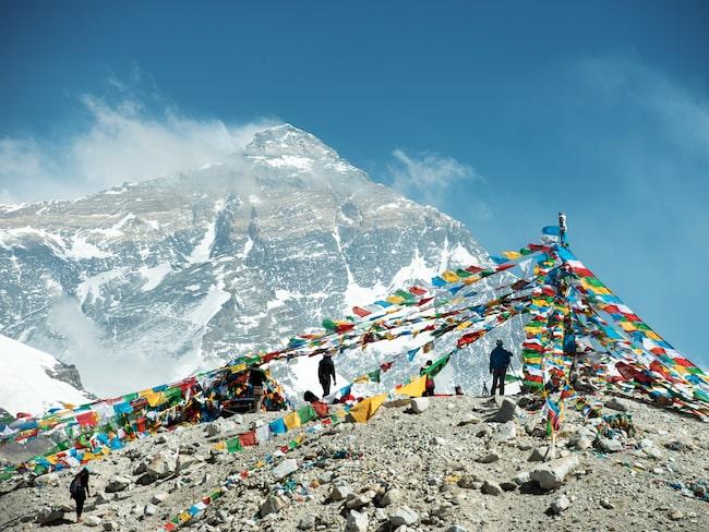 Restaurangen kommer ligga vid bergets basläger, 5 380 meter över havet.
