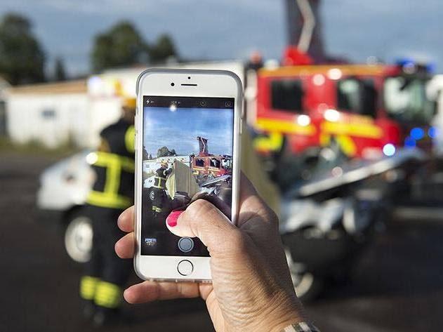Det här är det polisen vill få stopp på – filmande och fotograferande vid trafikolyckor.