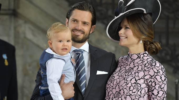 Prins Alexander, prins Carl Philip och prinsessan Sofia vid Te Deum i samband med kronprinsessan Victorias 40-årsdag. Foto: STINA STJERNKVIST / TT NYHETSBYRÅN