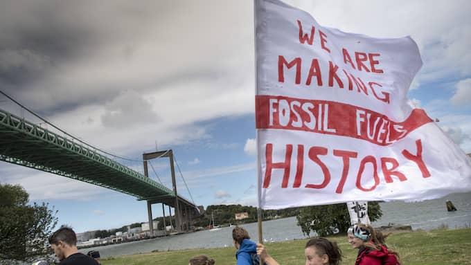 Protestdemonstration mot planerna på att bygga en ny terminal för fossilgas i Göteborgs hamn. Foto: BJÖRN LARSSON ROSVALL/TT
