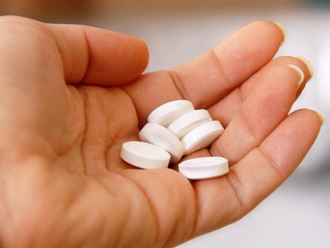 Både blodförtunnande och paracetamol kan ge allvarliga biverkningar.