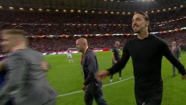 Zlatan firar titeln – haltande