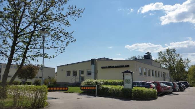 Valhallaskolan i Oskarshamn är en av de skolor som hotats. Foto: Google Earth