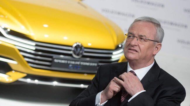 Volkswagens vd Martin Winterkorn är pressad av styrelseordföranden Ferdinand Piëch.
