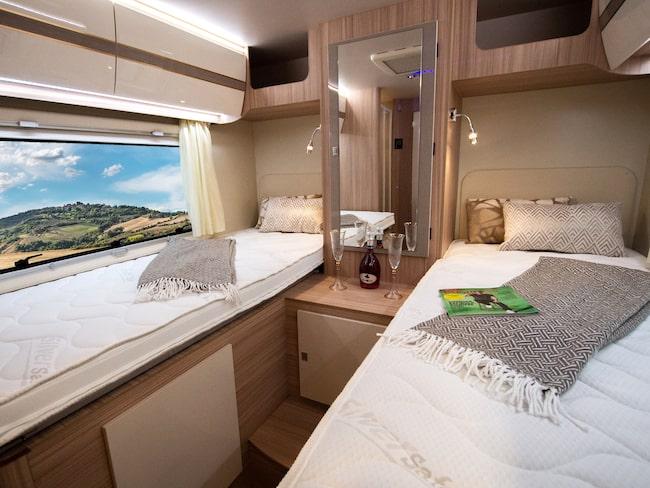 Husbilarna är fullt utrustade med allt från sängkläder och köksutrustning, till full tank och gasolflaska.