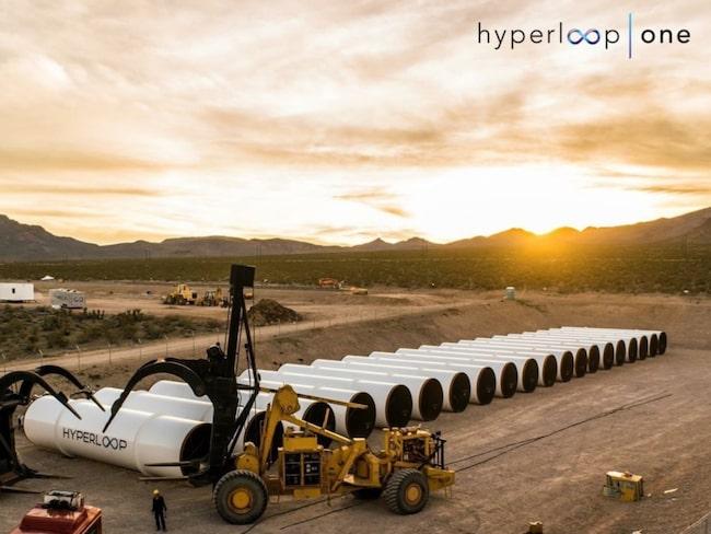 Just nu testas Hyperloop på banor i Nevadaöknen.