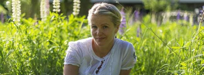 <span>Annika Eriksson, 40, tandsköterska från Haninge, har sedan barnsben lidit av förstoppning. &quot;Efter en lång kamp blev jag bra. Jag fick rätt hjälp och på några dagar blev jag av med min tröga mage. Förutom medicinen håller jag i gång magen med vardagsmotion och rätt kost. <br></span>