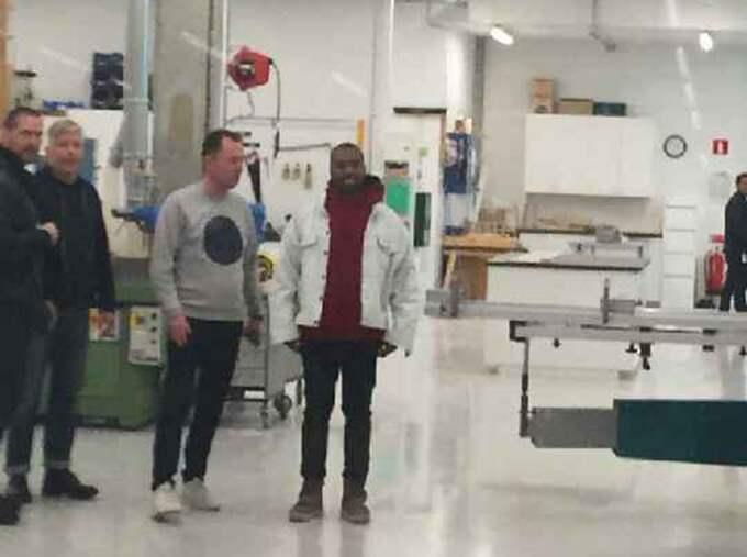 Kanye West hyllar Ikea på Twitter efter sitt möte med designchefen Marcus Engman.