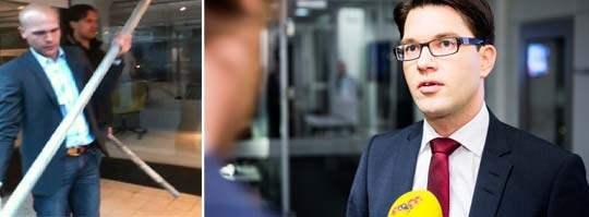 SD-politikerna Erik Almqvist och Christian Westling plockar upp rör för att eventuellt försvara sig i Stockholm. Till höger Jimmie Åkesson. Foto: Alexander Donka