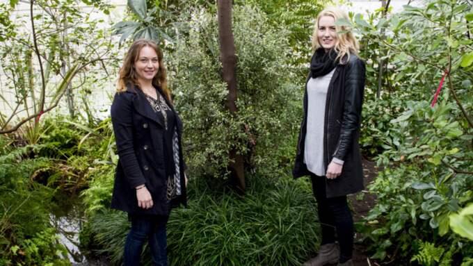 Hanna Blomstrand och Hanna Henriksson tävlar i årets upplaga av Årets balkonger på Nordiska trädgårdar på Stockholmsmässan. Foto: Tomas Leprince