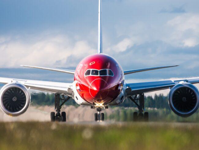 <span>Flygbolaget Norwegian har som tradition att låta kända nordiska personer pryda planens stjärtfenor. Nu har två nya flygplan levererats – bläddra vidare för att se bilder på dem.<br></span>