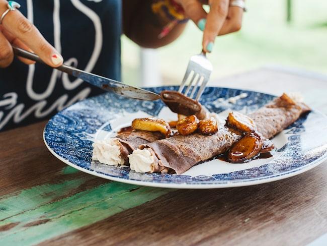 Vad sägs om varma baguetter fyllda med Nutella, eller pannkakor, glass och våfflor spetsade med samma ingrediens?
