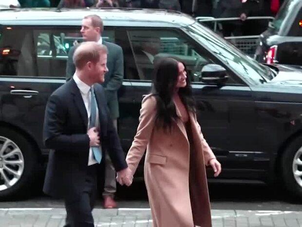 """Efter krismötet: Harry och Meghan får en """"övergångsperiod"""""""