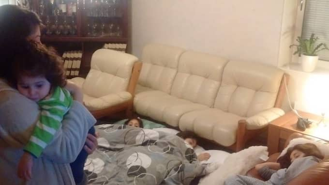 Nu sover familjen hos Nabhans syster och hennes man. Foto: Privat