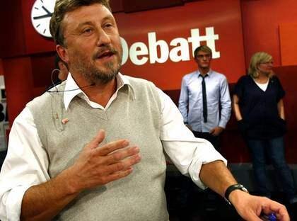 I kväll leder Janne Josefsson sitt sista Debatt. I dag skriver h an att program som Debatt aldrig får bli mys-tv. Foto: Leif Jacobsson