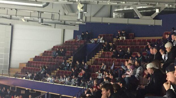 Många tomma stolar i Leksands ödesmatch