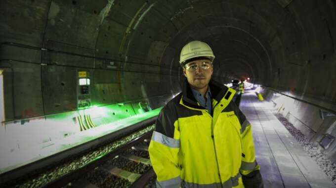 Trafikverket har testkört i tunneln på nätterna. Nu verkar problemen med bvibrationer på tågen vara lösta, enligt projektledaren Erik Lööv. Foto: Jens Christian
