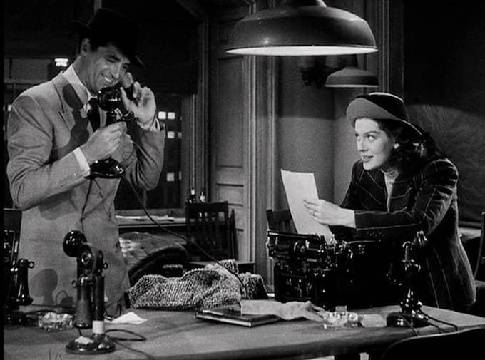 DET LIGGER I BLODET. Cary Grant och Rosalind Russell som skjutjarnsreportrar i filmklassikern His girl Friday.