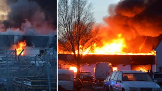 4 000 hem hotade i valdsam brand