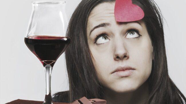 <span>En brittisk professor menar att rödvin och choklad kan vara vägen mot ett sundare liv.</span>