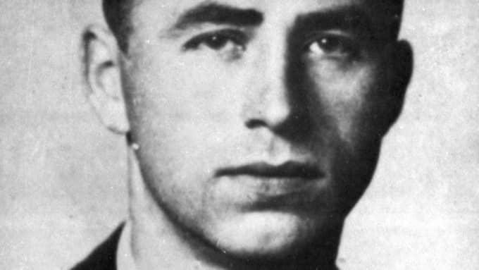 Alois Brunner var en av Adolf Eichmanns närmaste medarbetare, och var kommendant för interneringslägret det franska Drancy från 1943-1944. Efter andra världskriget flydde han till Syrien (efter en sejour i Sydamerika), där han var verksam som rådgivare åt landets regering.