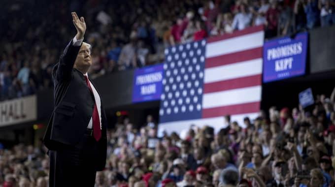 I natt svensk tid höll Trump ett långt tal inför sina supportrar i Kentucky. Foto: Andrew Harnik / AP TT NYHETSBYRÅN