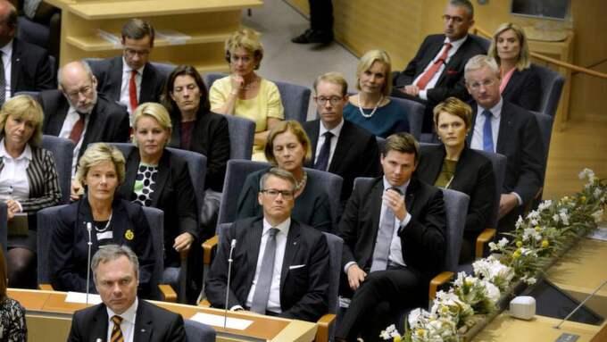 """Brister i representationen. """"Vid förra valet till riksdagen 2010, valdes det bara in sex ledamöter som fyllt 65 år - långt ifrån de 87 som det borde vara"""" , skriver Bertil Torekull. Foto: ROBBAN ANDERSSON Foto: Robban Andersson"""