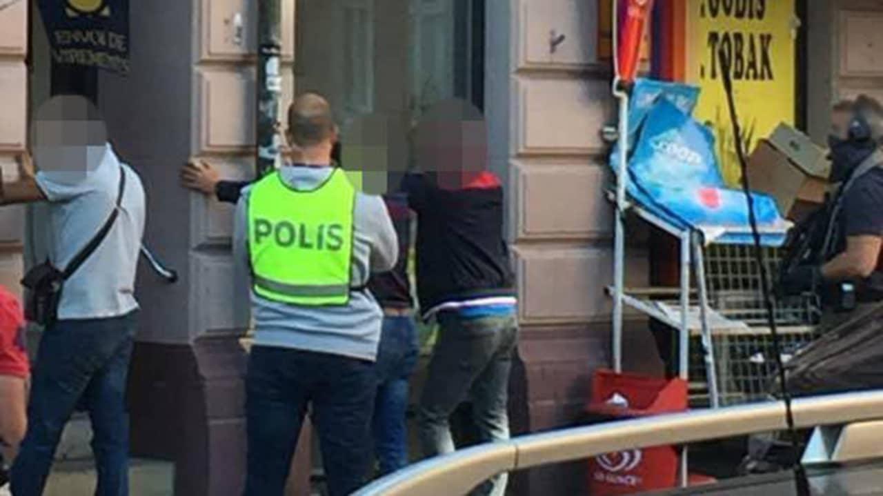 Tre anhallna efter polisinsats i malmo