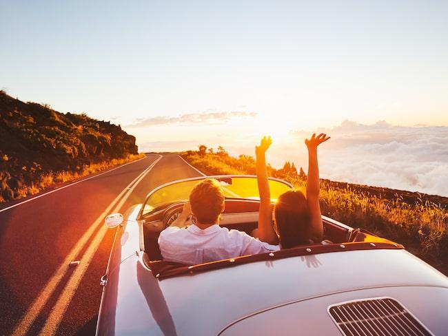 En bra tumregel är att resa bort lika många dagar som antal månader ni har känt varandra.