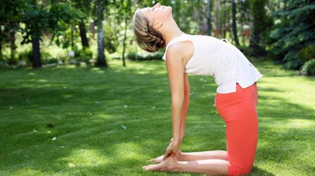 Yoga som träningsform gör inte bara att utövarna blir mer vältränade mer flexibla rent fysiskt. De får också ett starkare och mer flexibelt psyke.