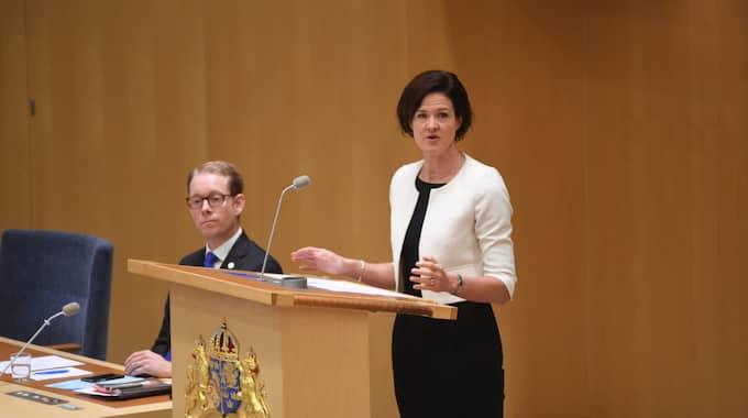 Anna Kinberg Batra under partiledardebatten i riksdagen. Foto: Fredrik Sandberg/Tt / TT NYHETSBYRÅN