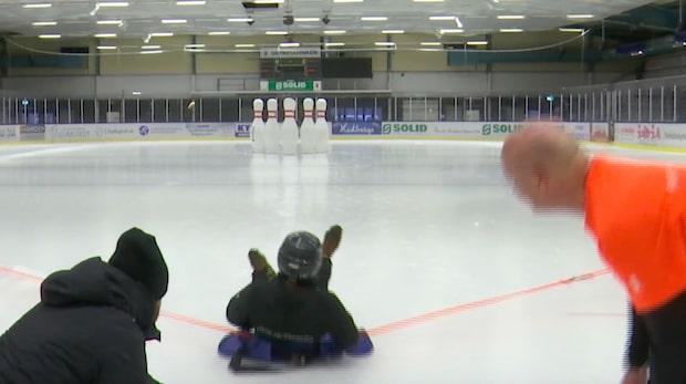 Här spelas bowling på is