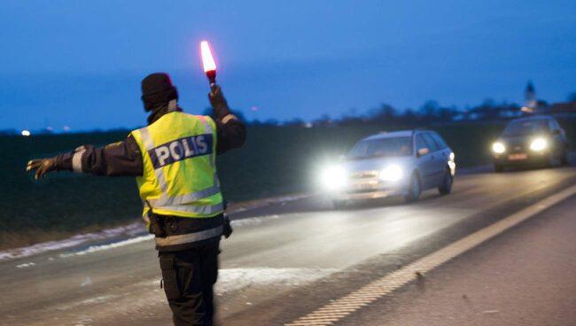Nu kan du fråga trafikpolisen om vad du vill.