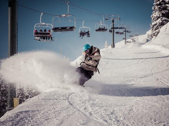 I Kanada och på Nya Zeeland finns säsongsjobb på skidanläggningarna.