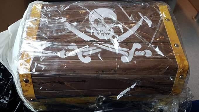 Skattkistan som Mikael hade förberett i femårspresent blev stulen. Foto: Privat