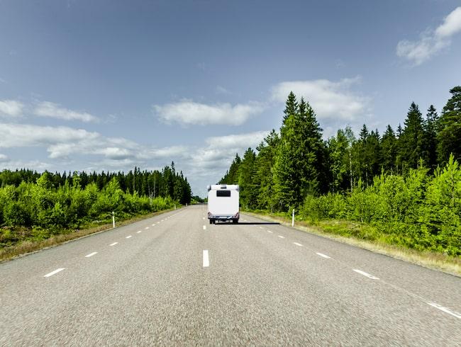 425 mil att få en lägre hastighetsgräns och 120 mil att få en höjd gräns.
