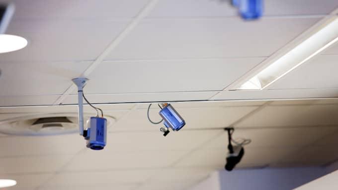 Förutom filmer från butiker hämtar polisen ofta in övervakningsfilmer från bensinstationer som till exempel den här Preemmacken vid en av Malmös utfarter. Foto: SANNA DOLCK / KVP