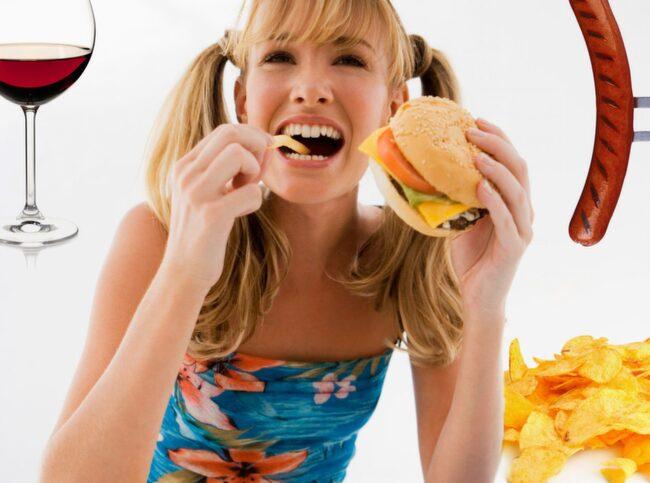 ÄT RÄTT! Kolla listan över maten som kan ge dig huvudvärk.