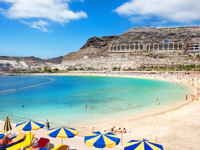 Playa de Amadores, ett av de få ställen på Gran Canaria med vit sand och turkost vatten.
