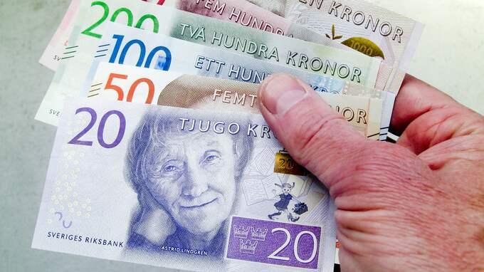 Källor till Aftonbladet uppger att det i diskussionerna handlar om 200 kronor i månaden. Foto: HENRIK ISAKSSON/IBL /IBL