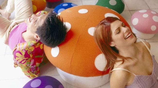 I studien beskriver forskarna att de hittat bevis för att LSD - om det delas ut i en omgivning som är medicinsk - kan sänka ångest hos individer som lider av rädsla på grund av livshotande sjukdomar.